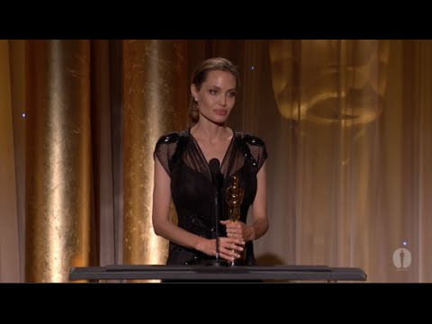 Emotional Speech That Will Inspire You To Be Of Use - Angelina Jolie
